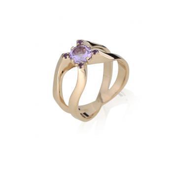 Женское кольцо 1047